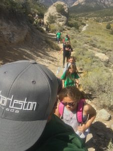 guided hike with kids on Packrat trail
